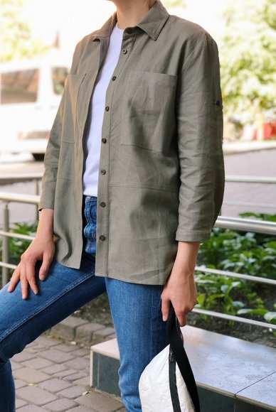 Shirt with khaki patch pockets