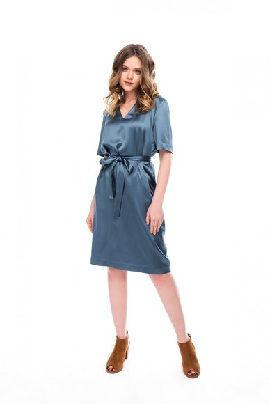 Waist dress with belt tie