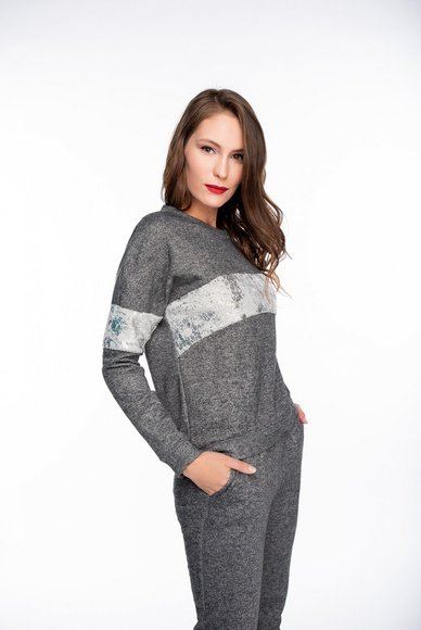 Gray sweatshirt with silver insert