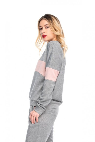 Gray sweatshirt with pink insert