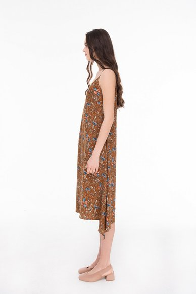 Dress with thin straps, with a print