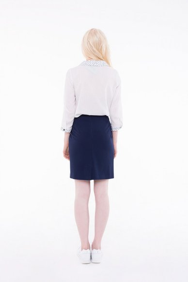 Dark blue skirt, rear with a slit