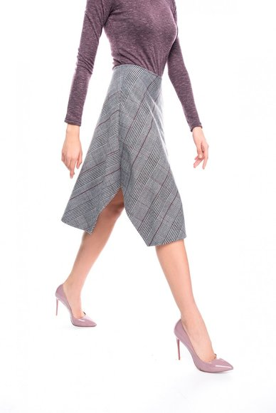 Gray skirt asymmetric length