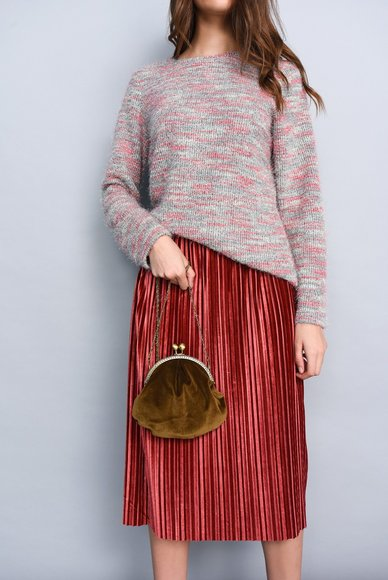 Midi length skirt, coral color